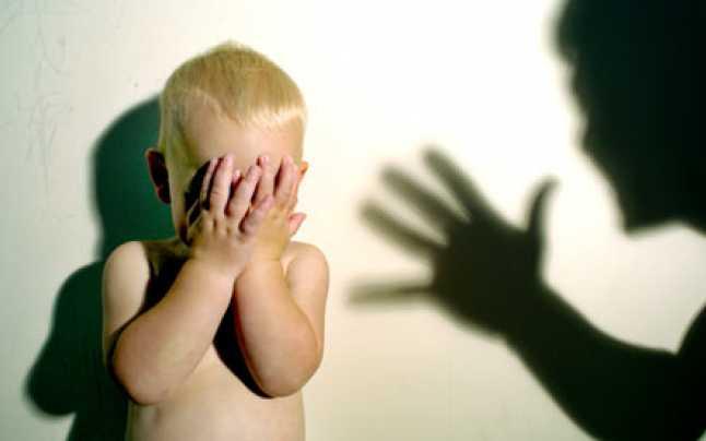 Nu vrea sa imi dea copilul sa-l vad spune un tata disperat