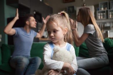 In ce conditii mama poate pierde custodia copilului va explica TATAL.RO . Barbatii care au castigat custodia copiilor. Drepturile tatilor la custodia copiilor. Pierderea custodiei copilului de catre mama